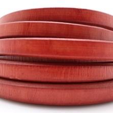 22710 / Cuero regaliz rojo. 20 cm.