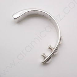 ZM94762-10 / Aplique zamak media pulsera 10mm. 1 Unid.