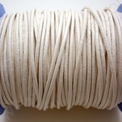 CCR2 / LEATHER CORD 2MM. WHITE.