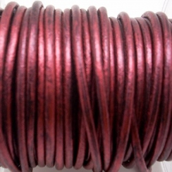 CCR25 / Metallic wine leather cord 2,5mm. 1 m.
