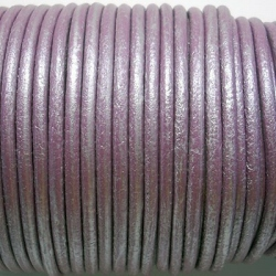 CCR25 / Pearly lilac leather cord 2,5mm. 1 m.