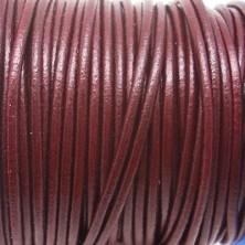 CCR2 / Cordón cuero redondo 2mm. Burdeos metalizado. 1 Metro.