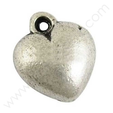 EA526Y / Colgante corazón de metal - 12 Unid.